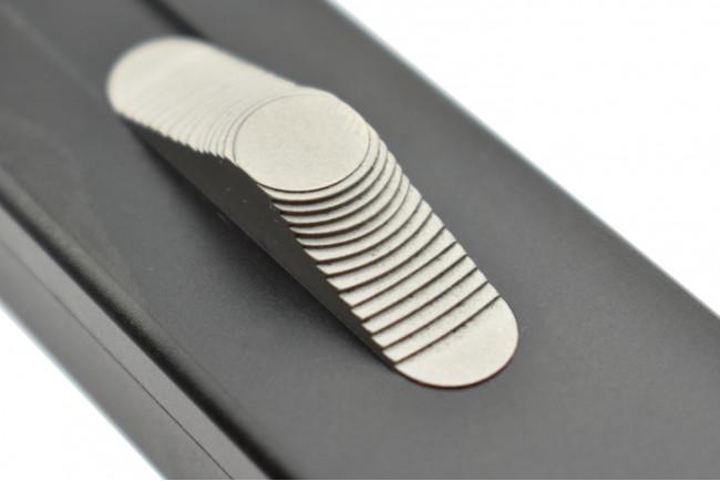 Golgoth G12T couteau automatique lame tanto acier D2 manche aluminium