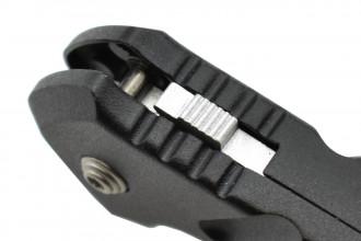 Smith & Wesson Black Ops couteau à ouverture assistée lame acier 440C manche aluminium