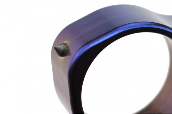 Maxknives TIKNU7+ Impact tool en titane finition anodisée série limitée