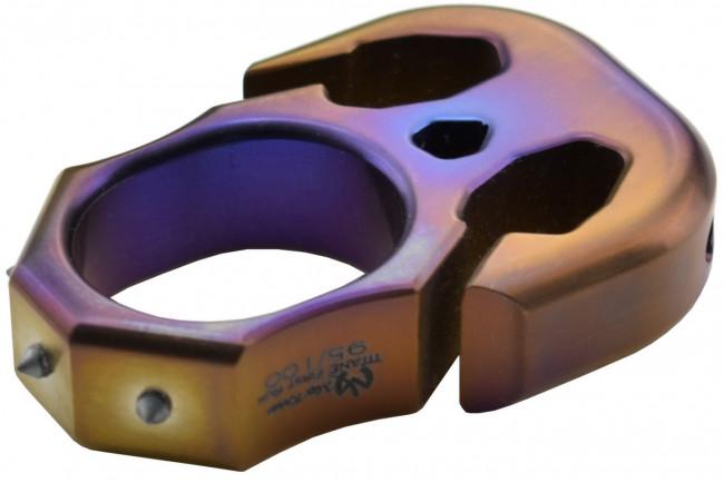 Maxknives TIKNU8+ Impact tool en titane finition anodisée série limitée